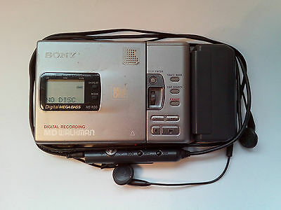 SONY MZ-R30 Minidisc MD Walkman with Battery Pack +  Headphones with Control