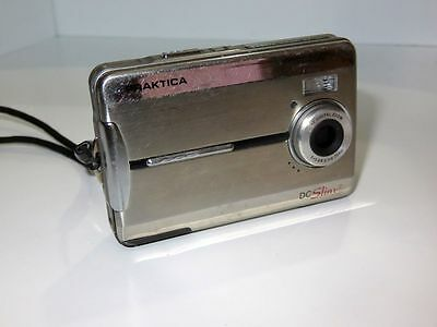 PRAKTICA DC DC Slim 5 5.1MP Digital Camera - Plateado