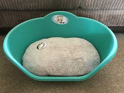 Large Aqua Plastic Pet Bed Cat Dog Basket Luxury Grey Fleece Washable Cushion