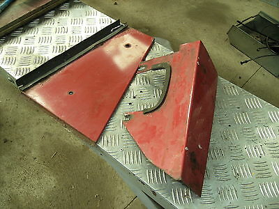 Case 885  L CAB clutch pedal Rod panels in good condition
