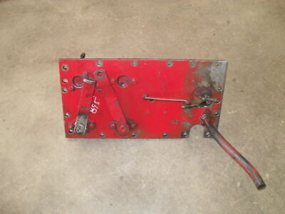 Case 895 Gearbox top cover plate with torque amplifier selector