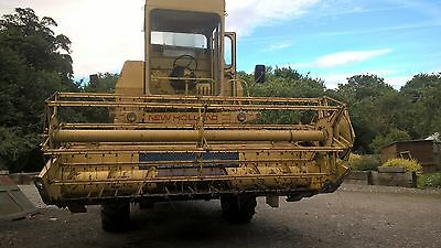 New Holland 1540 Combine Harvester 12ft header
