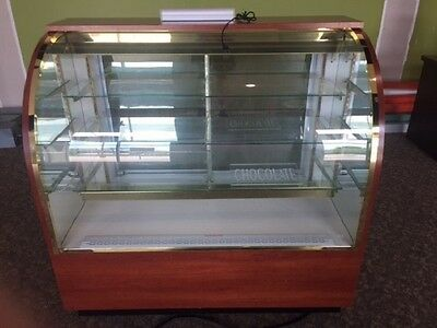 Coldcore (American Made) Refrigerated Candy / Pastry Display Merchandiser