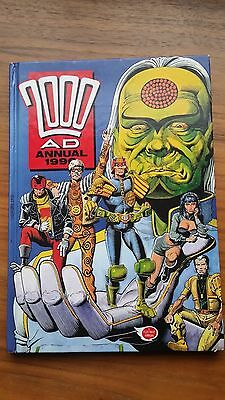 2000 Ad Annual 1990 -- Nice Condition