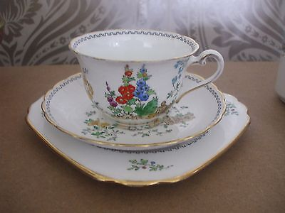 Tuscan plant Bone China Beautiful Art Deco Trio Country Garden Cup saucer Plate