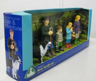 Early learning centre farm family play set of 6 figurines for children 3 years+