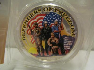 (44) 2001 COLORIZED DEFENDERS OF FREEDOM SILVER DOLLAR EAGLE Lot 157