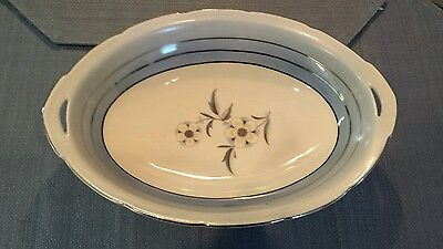 Puls Phyllis oval vegetable bowl