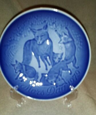 Bing and Grondahl Mother's Day Plate 1979 Fox and Cubs
