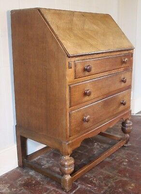 Beautiful Vintage  Oak Veneer Bureau Writing Desk Chest Of Drawers **DELIVERY**