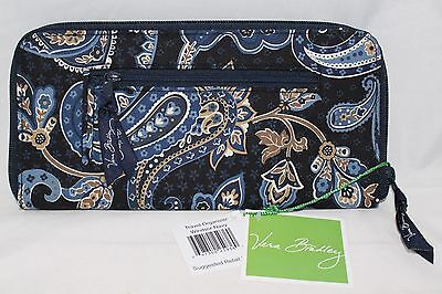 Vera Bradley Windsor Navy Retired Pattern Travel Organize  - New with Tags