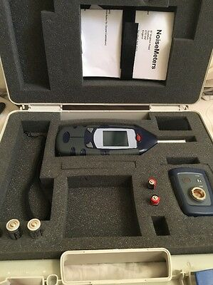Professional Noise Meter Kit By Casella (Cel24x) Meter, Calibrator and Case