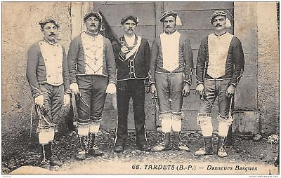 65-Folklore Des Pyrenees-Costumes-N°372-A/0343