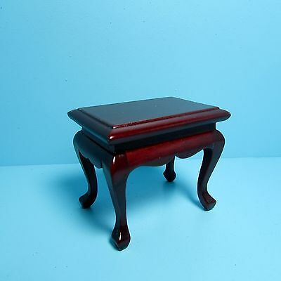 Dollhouse Miniature Living Room End / Side Table in Mahogany ~ T3804