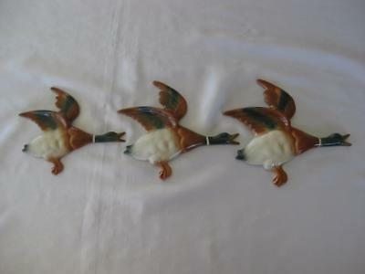 Set Of 3 Flying Wall Ducks English Design - Retro Style (A)