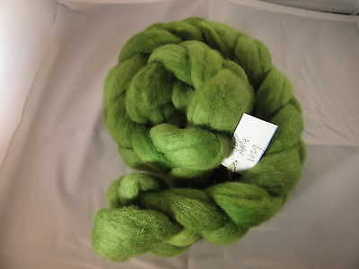 Hand Dyed Roving   TSour Apple 100g