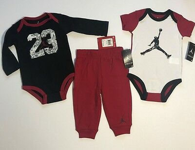 24ff6061e223 NIKE AIR JORDAN OUTFIT SHIRT   SHORTS BASKETBALL BOYS GIRLS Set Size ...