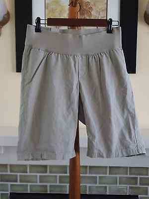 New Khakis by Gap Maternity Shorts Demi Panel Sits Low on Belly Size 4
