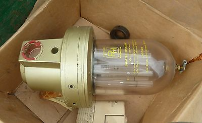 "Parker Pulse Lubrication LN8P-5100  1"" NPT Handles up to 8 devices 32 oz bowl"