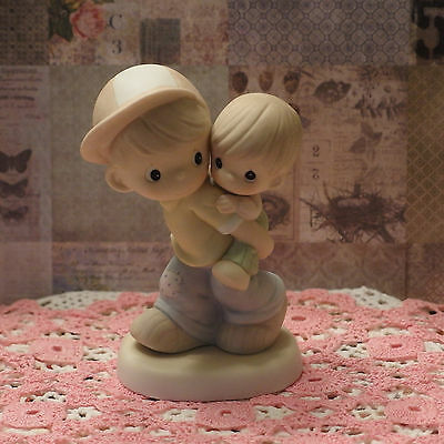 """Precious Moments #488089 """"He'll carry me through"""" in PRISTINE CONDITION, w/BOX"""