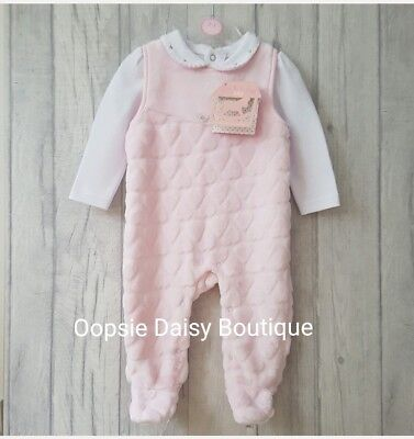 Baby Girls Pink Supersoft Loveheart Dungarees 2 Piece Set - Rock A Bye Baby ☆
