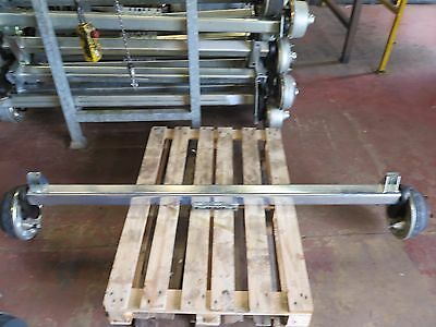 1900kg CAPACITY BRAKED AXLE - 5 x M16 on 165mm PCD