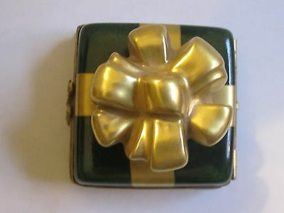 Signed LIMOGES FRANCE Peint Main GIFT BOX Hinged Trinket Box