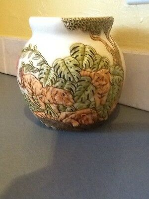 Harmony Kingdom Jardinia Vase HTF Tiger with Plant leaves Resin excellent