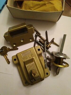 Vtg set YALE CAST dull BRASS DEADBOLT LATCH WITH KEYS L1