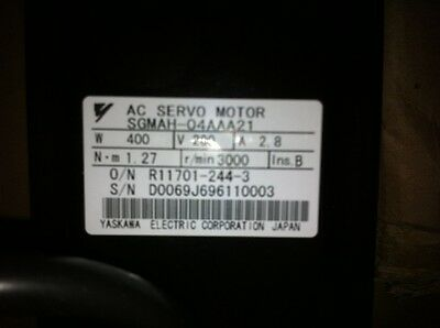 Yaskawa Servo motor SGMAH-04AAA21 NEW IN BOX !! **via DHL or EMS