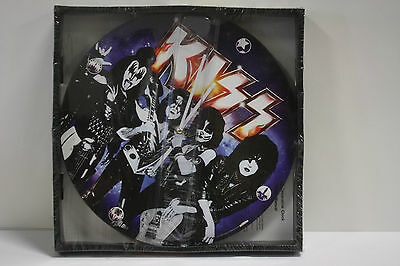 Kiss Wall Clock 13.5