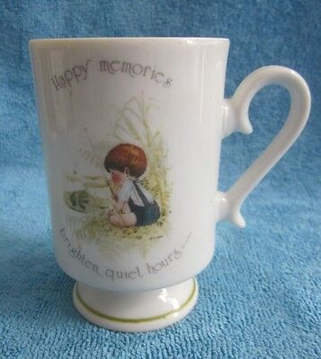 rare retro 1970s HOLLY HOBBIE pedestal MUG Hollys brother ROBBIE BOY fishing