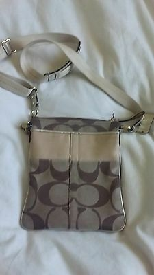 Authentic Coach bag crossbody messenger NWOT - free postage