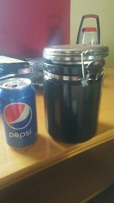canister,1, black no chips, good seal