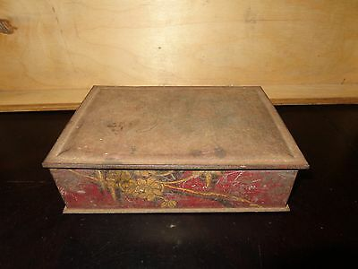 Vintage Old ANTIQUE Metal Tin BOX Size 8x6x2  Red with some Flowers   AU002
