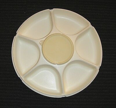 TUPPERWARE Large Serving Tray With Dip Container **PICK UP or POST**