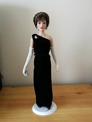Franklin Mint - Jackie Kennedy (Black Velvet) - Doll