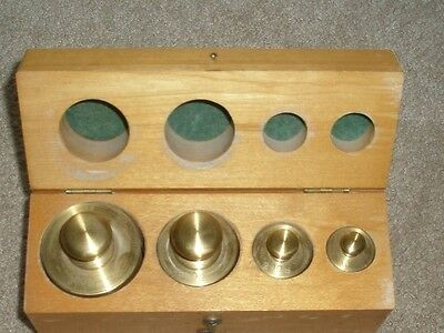 Calibrated Scale Weights in Wooden Hinged Box - 100g, 300g, 500g and 1000g