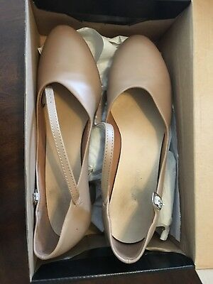 tan, character shoes, theatricspro, good condition, lightly worn, size 7m