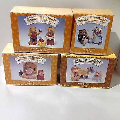 Hallmark Merry Miniatures 4 Sets Halloween & Thanksgiving Figurines 1996 1997