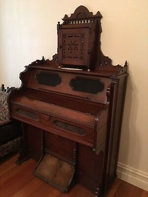 Antique Parlour Organ  - Smith American Organ Company - Allan & Co Melbourne