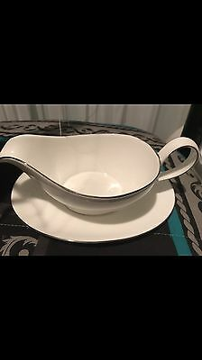 Royal Doulton Signature Platinum Gravy Boat & Stand