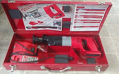 milwaukee 18V cordless sawzall with case and charger