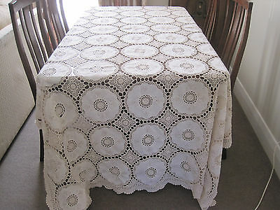 Gorgeous Vintage Pale Cream Huge Banquet Size Crochet Lace & Cotton Tablecloth