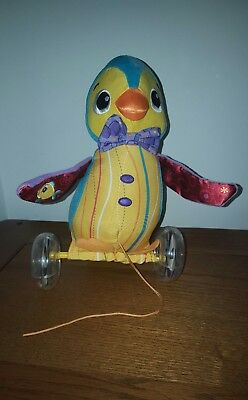 Lamaze Walter the Waddling Penguin. Soft toy sensory baby play, pull along,