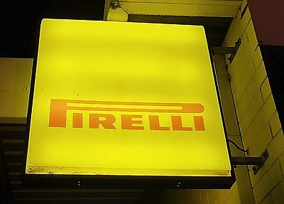 Vintage Pirelli Tyres Light Up Sign, Collectable Automotive Workshop Advertising