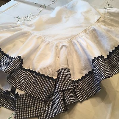 Custom Made Baby Crib Skirts/dust Ruffle