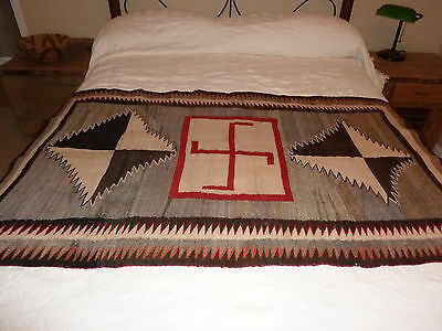 Vintage navajo rug. Early 1900's