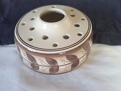 Jersey Pottery Brown on White China Posy Frog Bowl 16 Hole & Large Center Hole