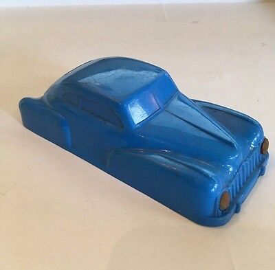 Vintage plastic car body for wind up chassis